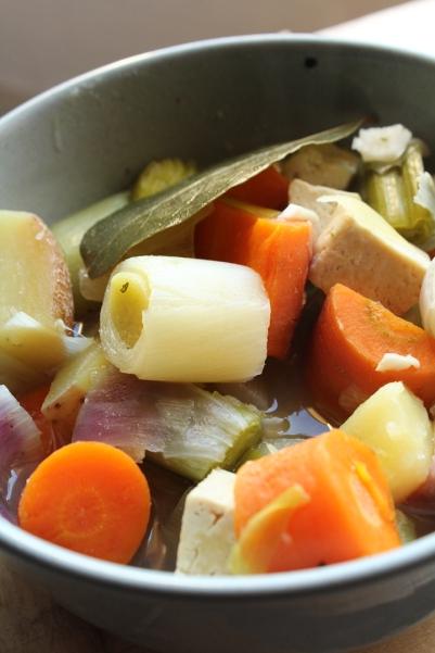 vegan,végétalien,traditionnel,animal,sensible,ceramique,blog,pot,feu,tofu,recette