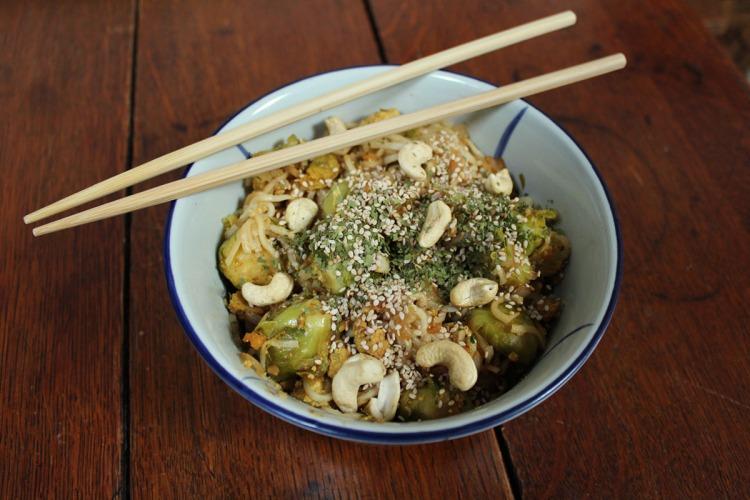 animal,sensible,blog,baguettes,manger,recette,vegan,végane,végétalien,nouille,asiatique,soja,bruxelles,choux,cajou,tofu,sésame
